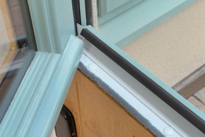 Stable door hinge section close up